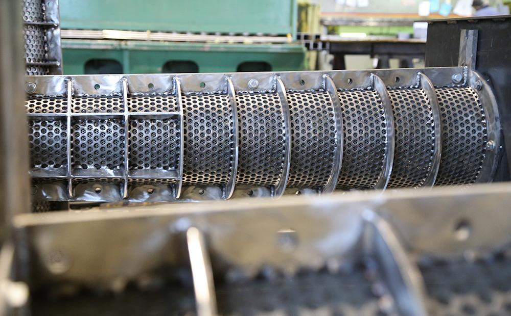 Manure separation equipment